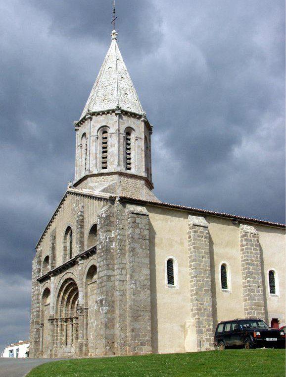 L'église de Moutiers-les-Mauxfaits