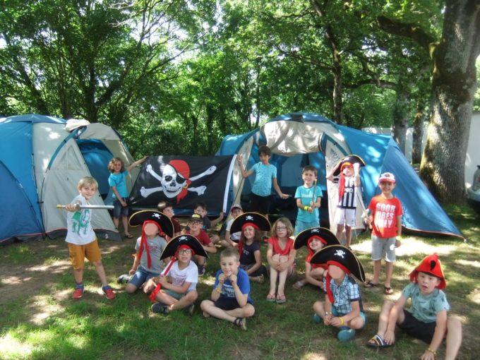 camp pirates (1)